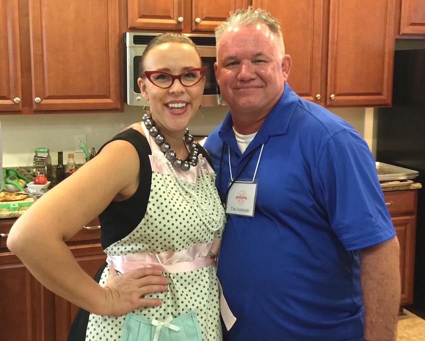 tim and emily ShareOrlando write bloggers food fight
