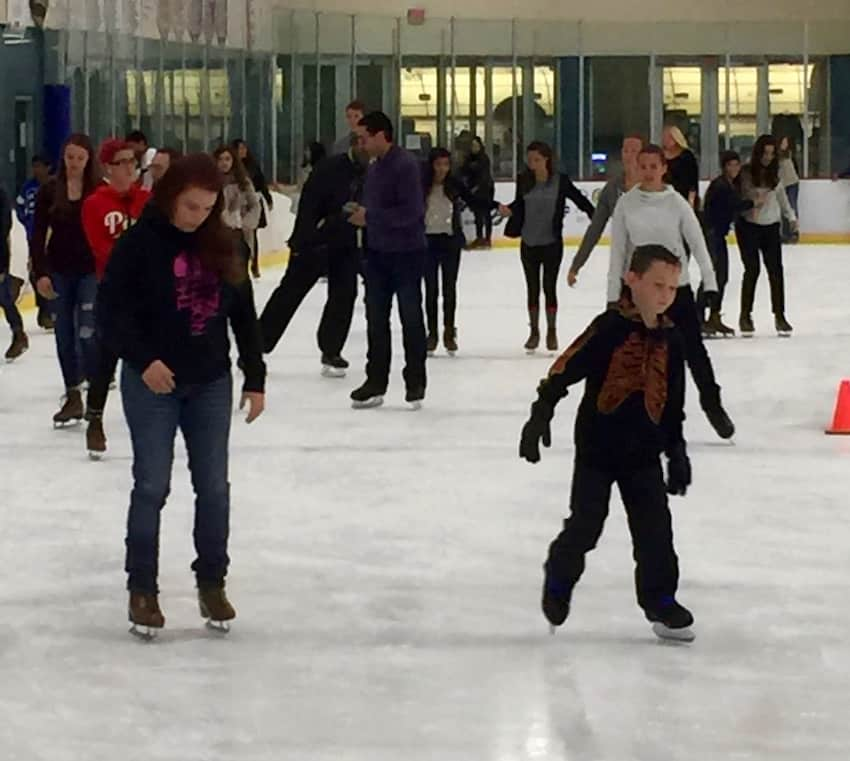 Ice Skating at RDV Sportsplex 02