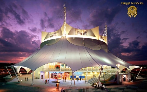 Cirque One-of-a-Kind Trapeze Performance